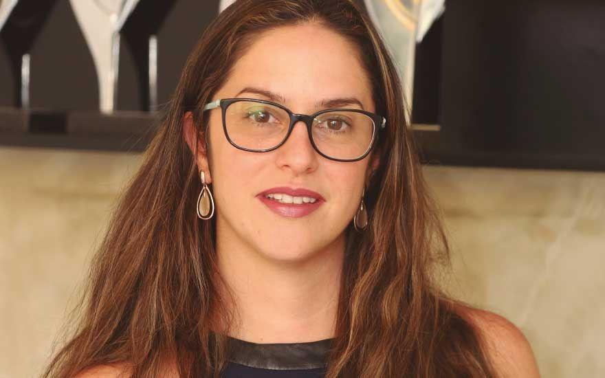 Aline Pileggi - Ela no comando